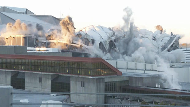 georgia-dome-implosion-620.jpg